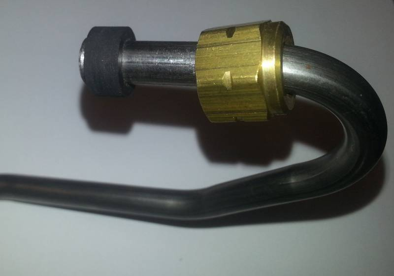 Low Pressure Fuel Supply Line     Ford    Navistar 69L 73L IDI